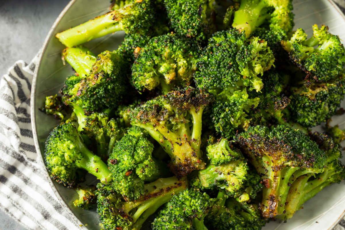padella con broccoli rosolati
