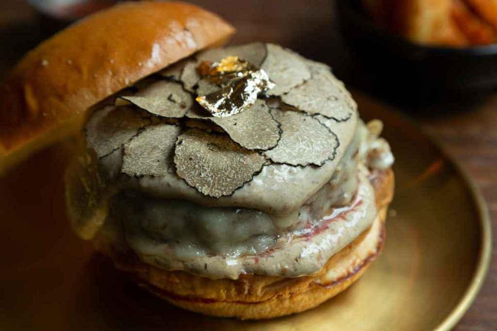 hamburger di carne al tartufo