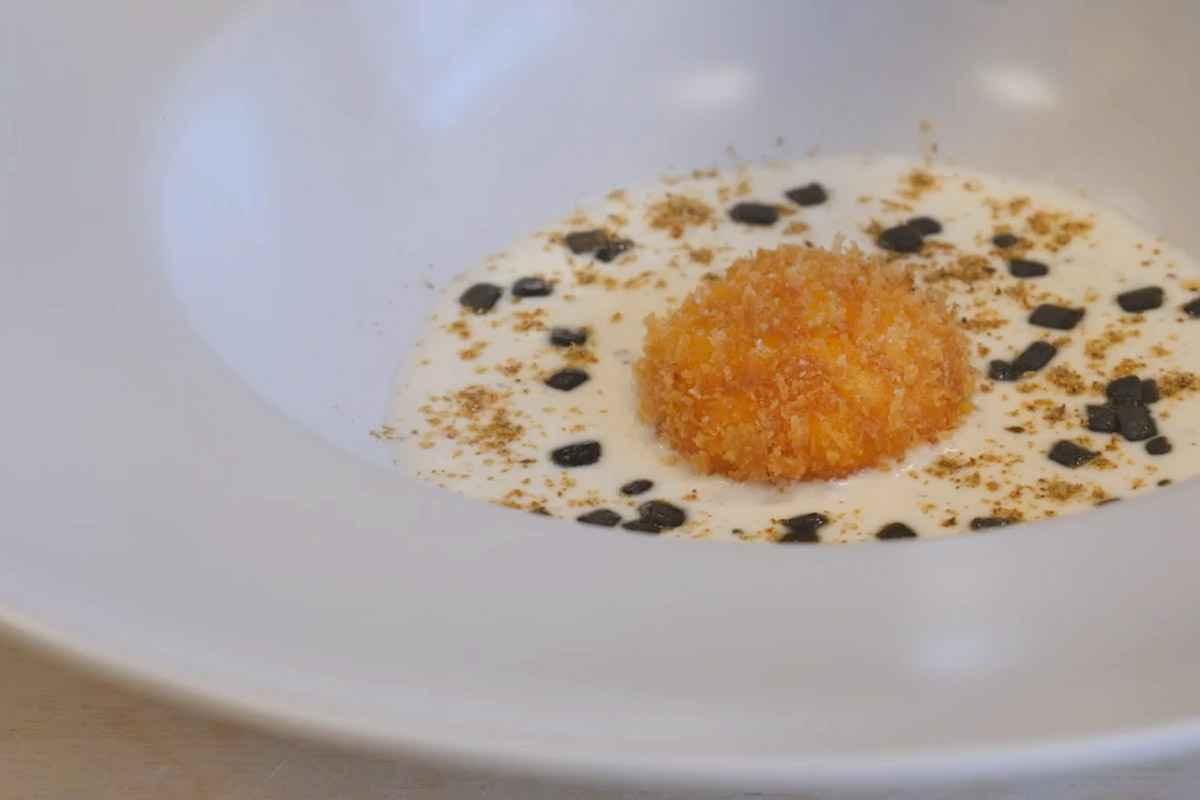 Tuorlo d'uovo fritto, ricetta dello Chef Perisse