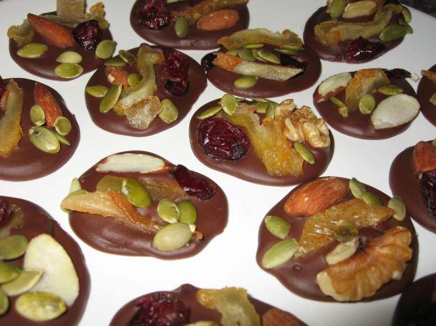 Dolcetti di cioccolato e frutta secca