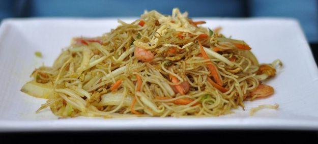 Spaghetti di riso saltati