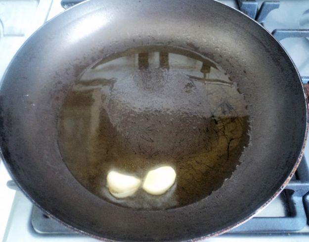 La salsa agliata