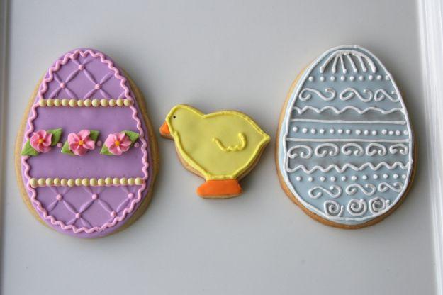 biscotti a forma di uova e pulcino
