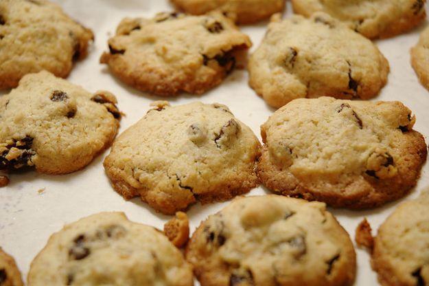 Biscotti etruschi con farro e uvetta