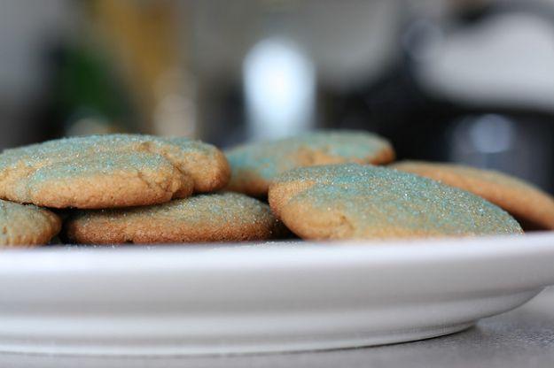 Biscotti galletti senza uova ricoperti di zucchero