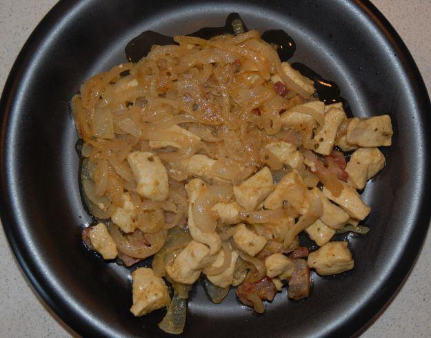 Bocconcini di tacchino con cipolle e rosmarino