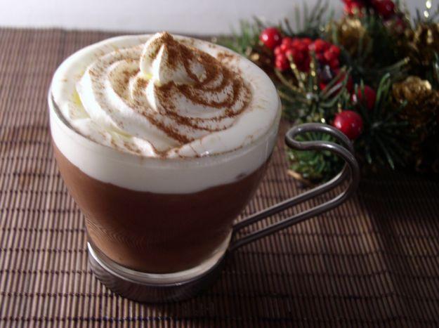cioccolata calda con spuma