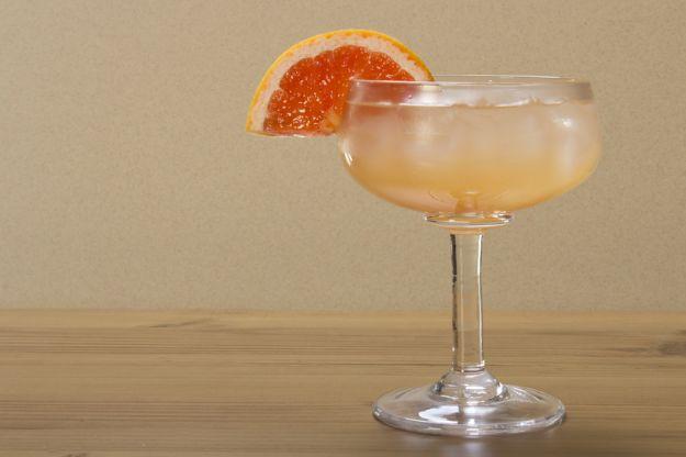 Cocktail analcolico pompelmo e zenzero