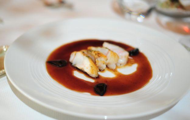 Coda di rospo in salsa rossa