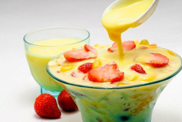 Crema pasticcera con il latte condensato