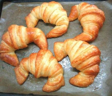 Croissants al salmone affumicato