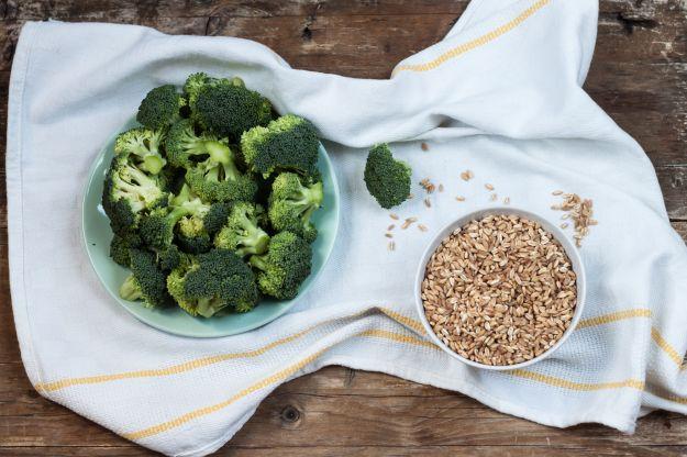 Farro con broccoli e feta