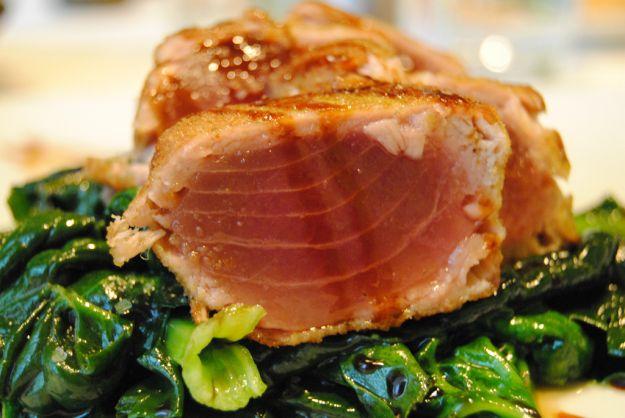 Filetti di tonno in crosta