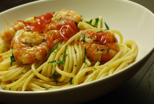 Spaghetti di farro semi integrale con gamberi