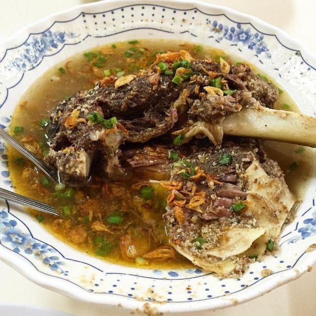 Konro makasar, zuppa di costolette
