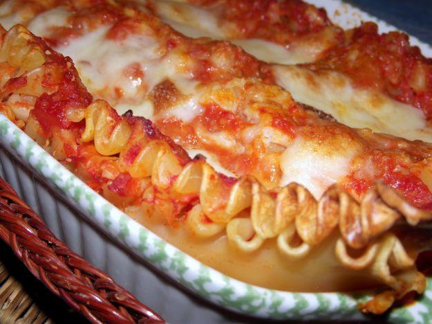 Lasagne con fragole, prosciutto crudo e ricotta