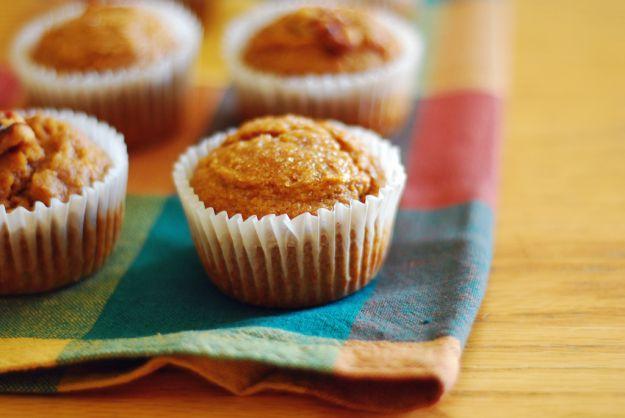 Muffin di semolino allo zafferano