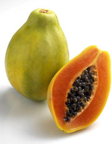 Insalata di papaia, mozzarella, indivia e pomodorini