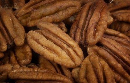 Bocconi di noci pecan al chili