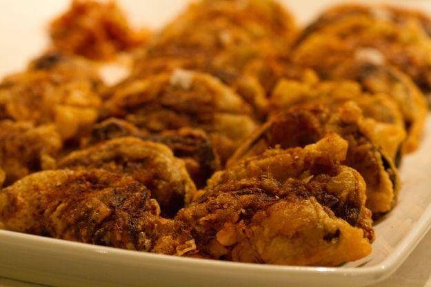 petto di pollo al forno con rosti di cipolle