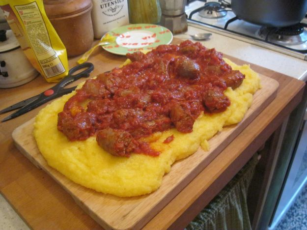 Polenta con le salsicce