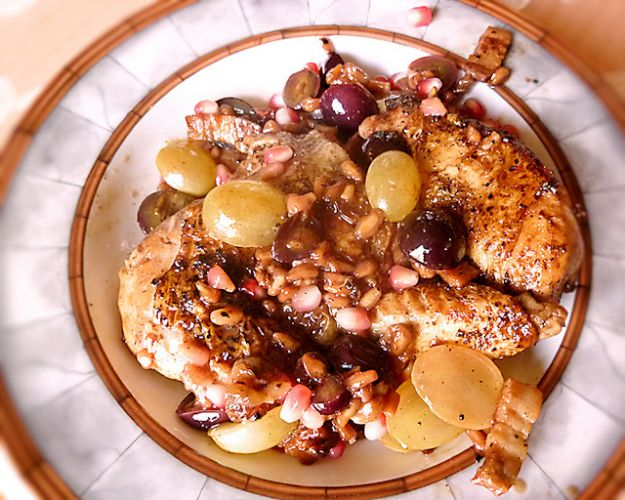 pollo con uva e melagrana
