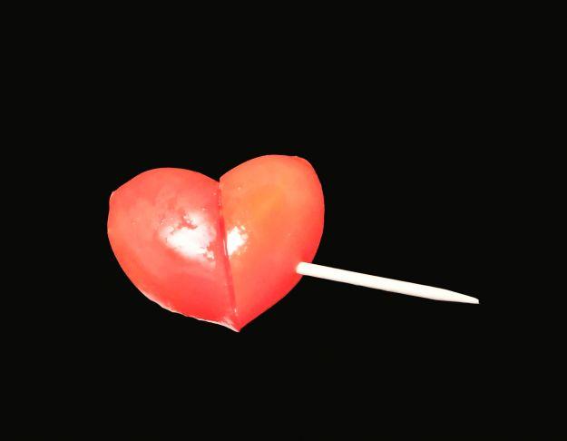 Pomodorini a forma di cuore decorativi
