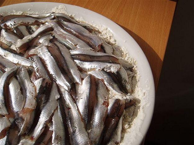 Torta salata di alici e patate
