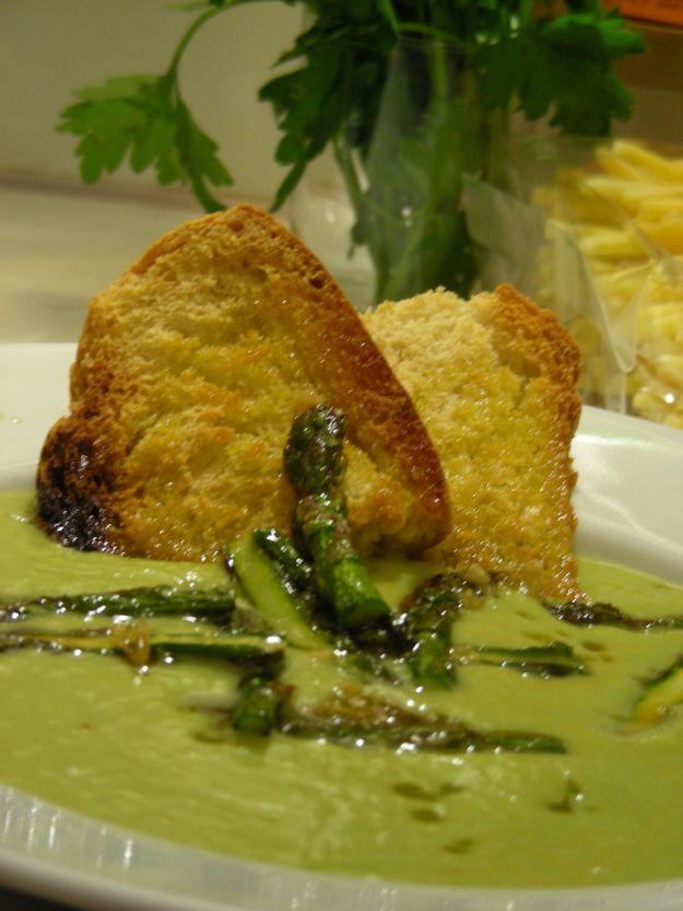 riso in brodo con asparagi e zafferano