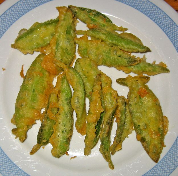 Salvia fritta con acciughe
