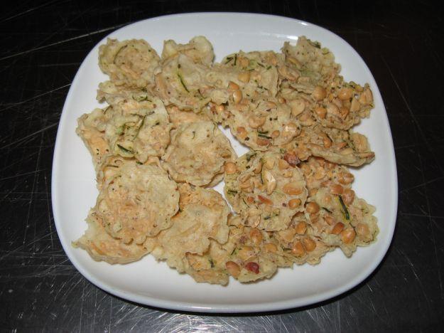 Sfogliatine di arachidi (rempeyek kacang)