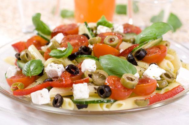 Pasta fredda in insalata greca