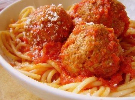 Spaghetti con le polpette di carne