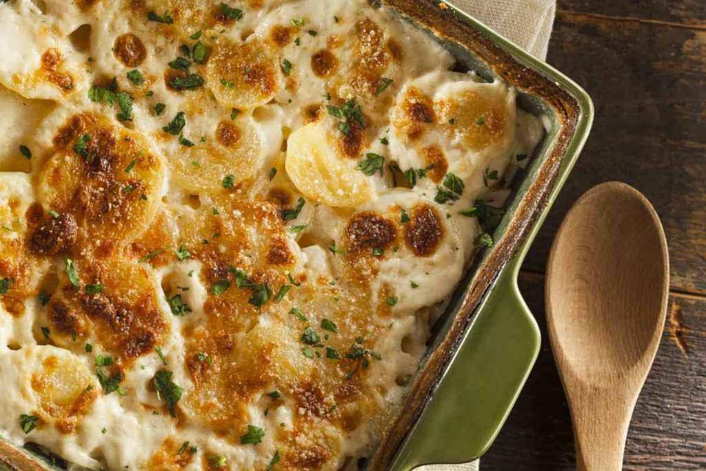 Teglia di patate gratinate al forno