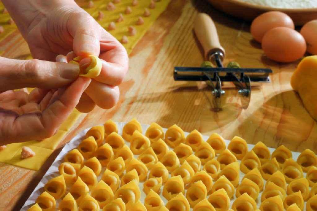 ricette veloci con tortellini bolognesi
