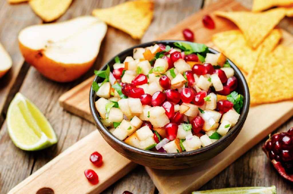 menu economico capodanno insalata di pere e melograno
