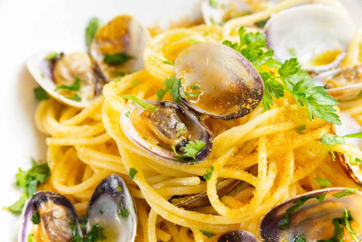 Spaghetti Alle Vongole La Ricetta Per Farli Come Al Ristorante Buttalapasta