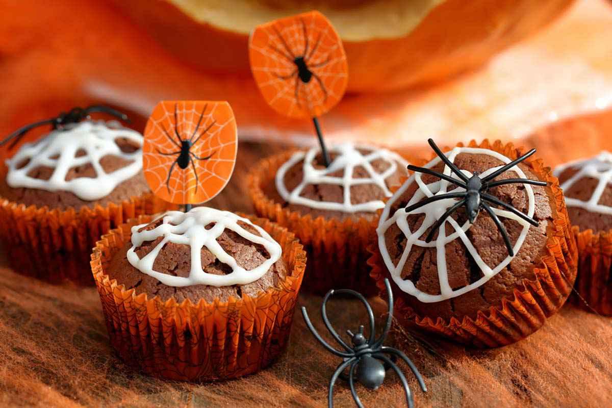Muffin con ragnatele per Halloween