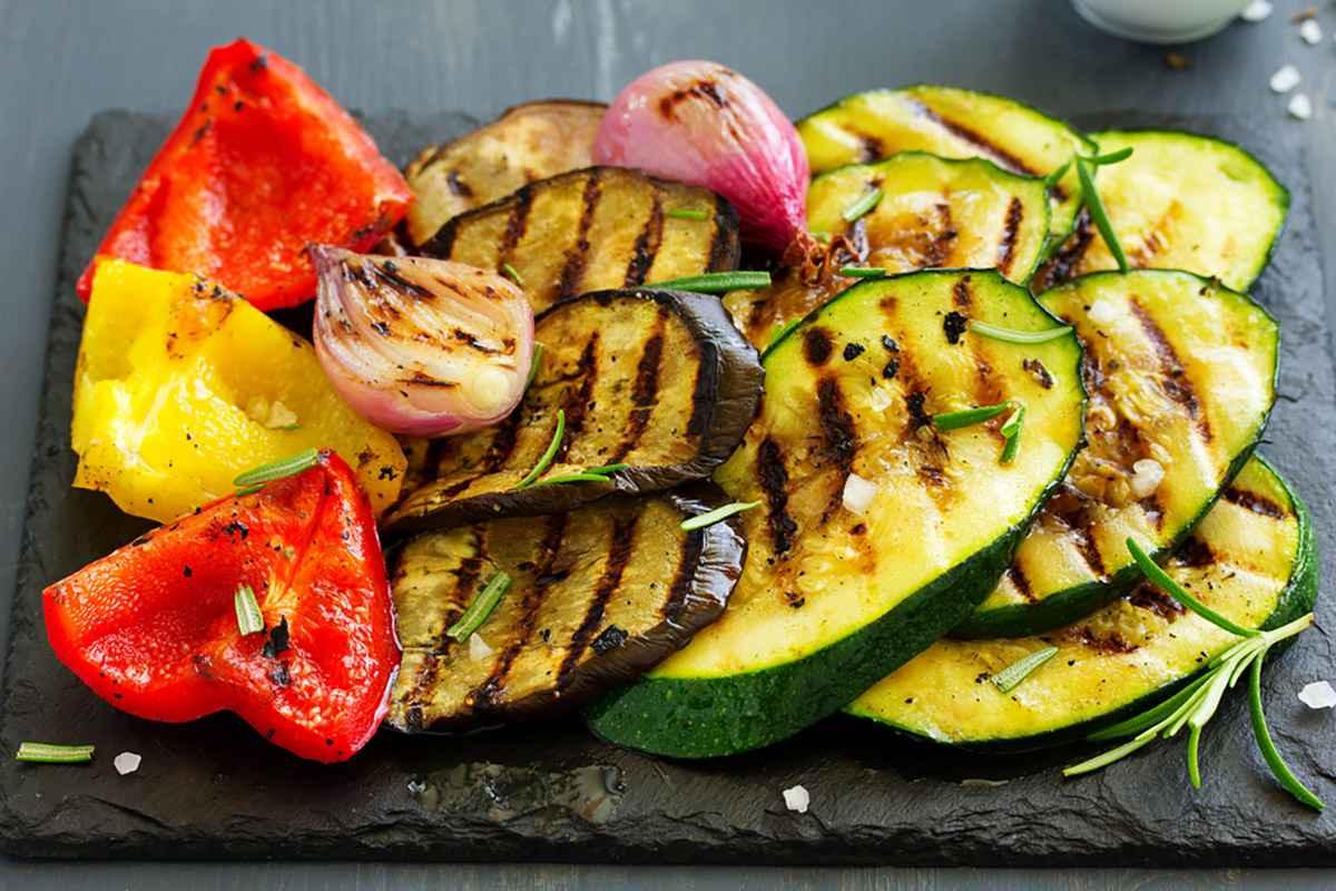Verdure grigliate: le ricette per farle grigliate sulla piastra, al forno e in padella