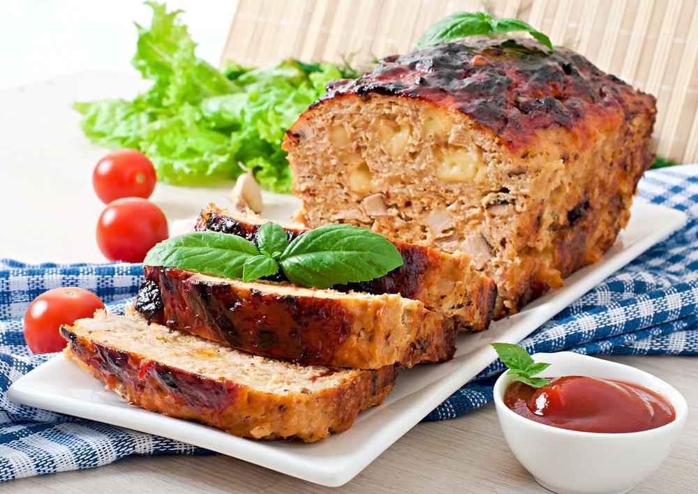 Polpettone di tonno con patate: la ricetta per fare il polpettone di tonno al forno con le patate