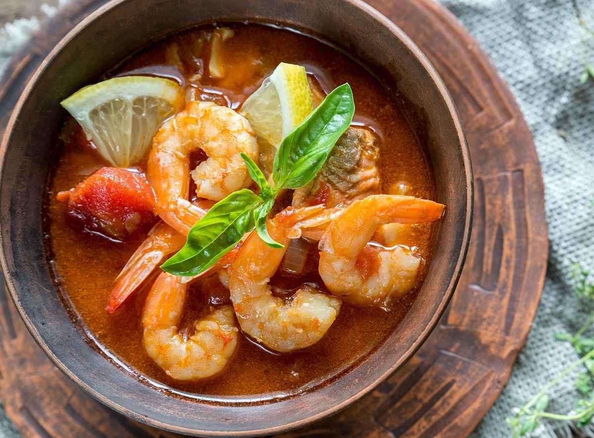 zuppa di pesce con gamberi