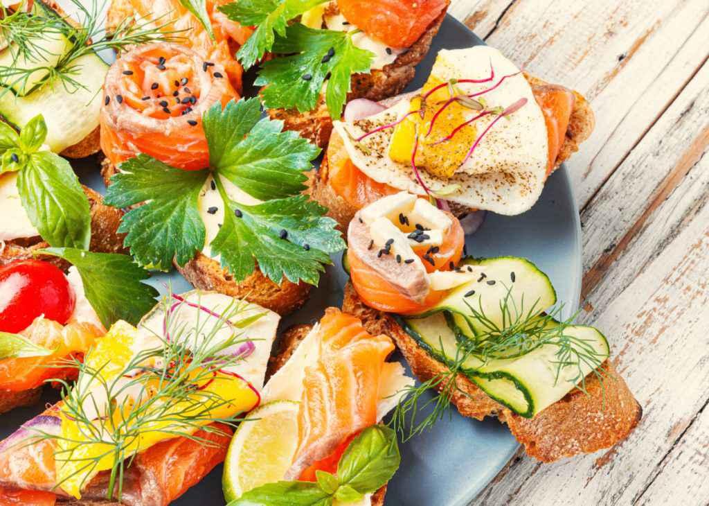 Antipasti freddi: ricette con verdure e pesci per preparare degli antipasti velocissimi