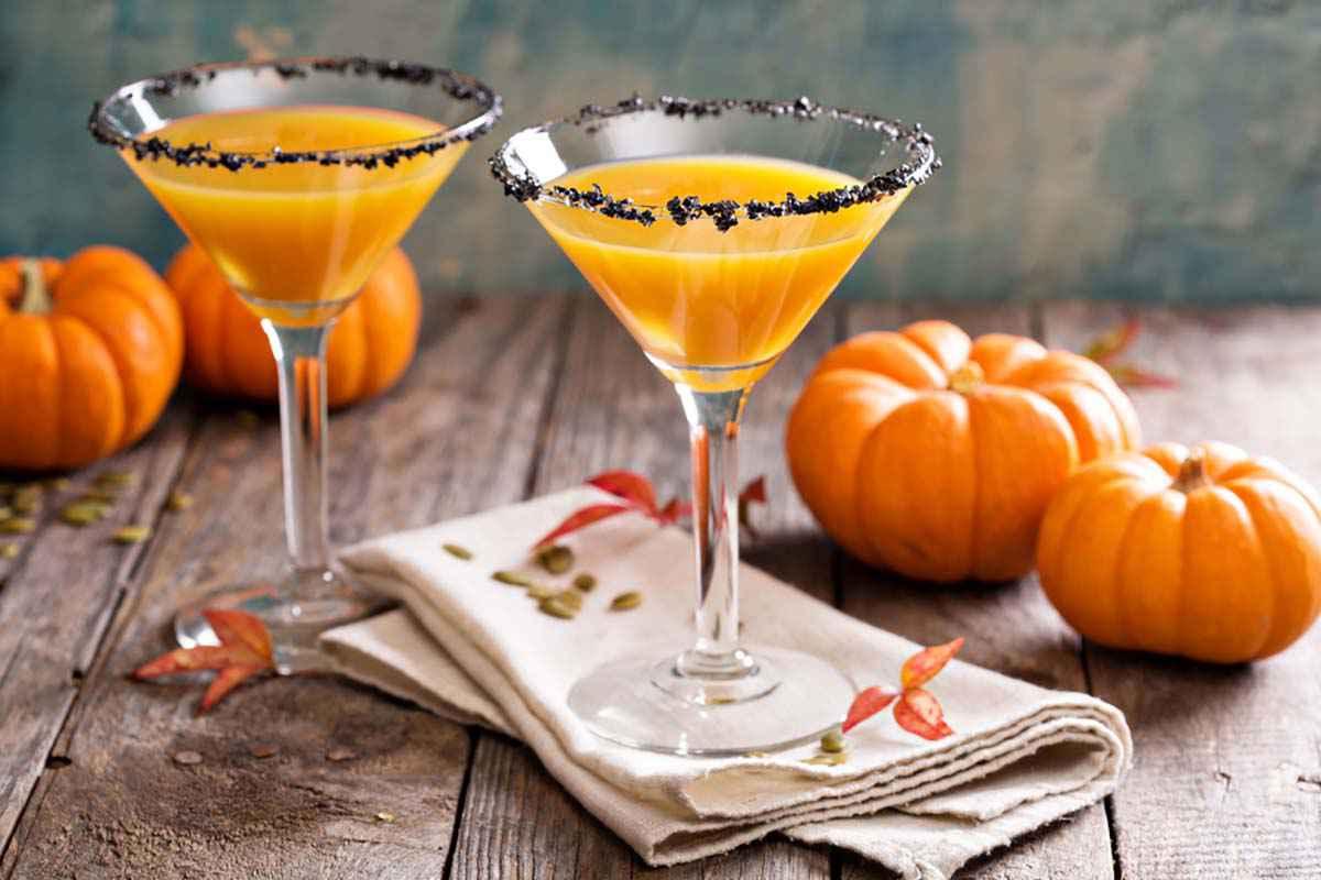 Cocktail alla zucca per festeggiare Halloween