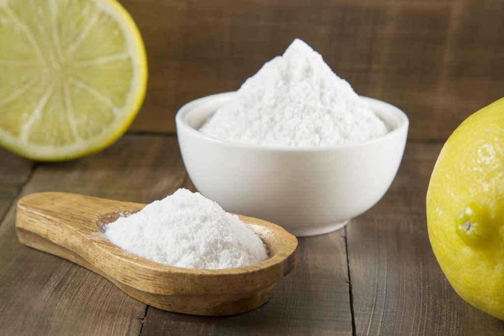 Come pulire il forno bicarbonato e limone