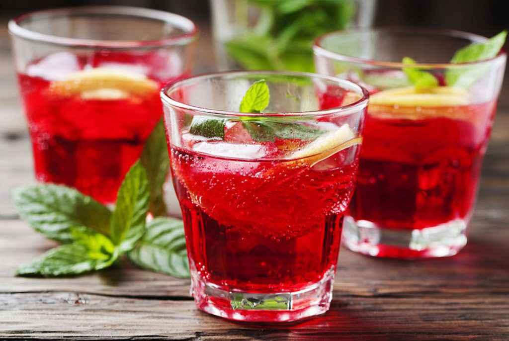 Cocktail rosso: le varianti della ricetta dello spritz