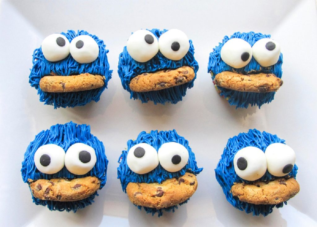 Cupcake Halloween cookie monster