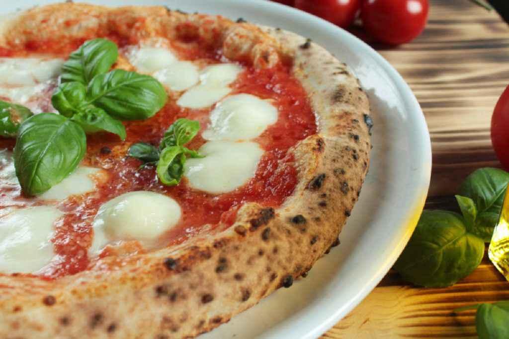 pizza napoletana con lievito madre