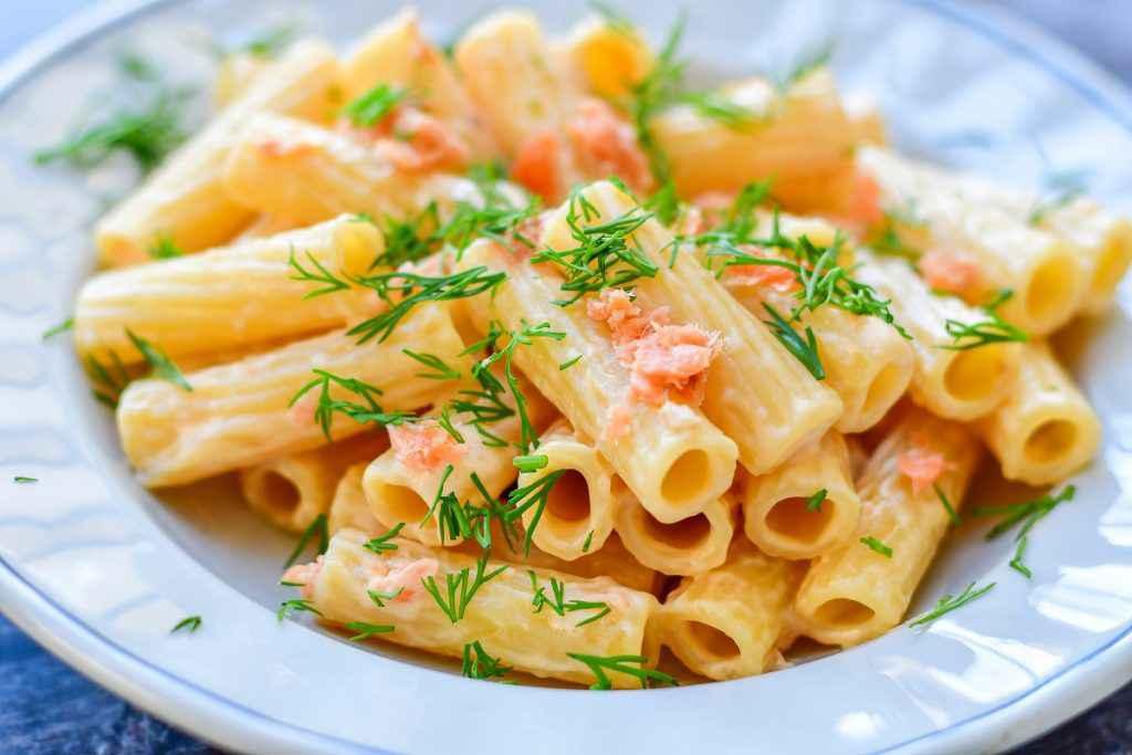 ricette con il salmone affumicato pasta al salmone