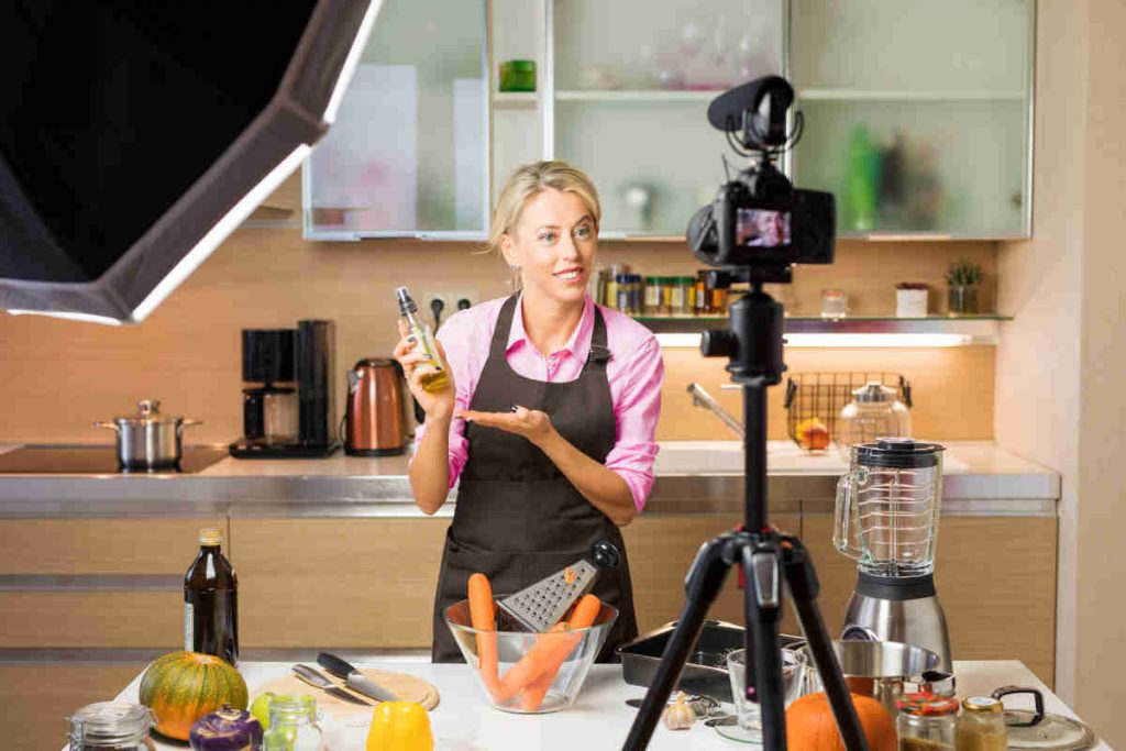 Video con chef in cucina