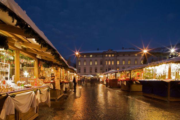 Mercatini di Natale in Piazza dei Fiera a Trento, Trentino Alto Adige